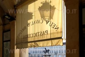PiazzaSanCarlo-DSCF1137