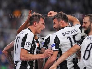 TORINO, ITALIA 9 maggio 2017 - JUVENTUS STADIUM Champion's League 2016/2017 Semifinale - JUVENTUS vs. MONACO NELLA FOTO: l'esultanza della Juve