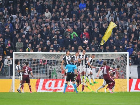 TORINO, ITALIA 6 MAGGIO 2017 - JUVENTUS STADIUM Campionato Serie A Tim 2016/2017 35a giornata - JUVENTUS vs. TORINO NELLA FOTO: il gol di Ljaijc