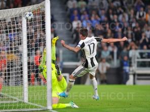 TORINO, ITALIA 9 maggio 2017 - JUVENTUS STADIUM Champion's League 2016/2017 Semifinale - JUVENTUS vs. MONACO NELLA FOTO: il gol di Mandzukic