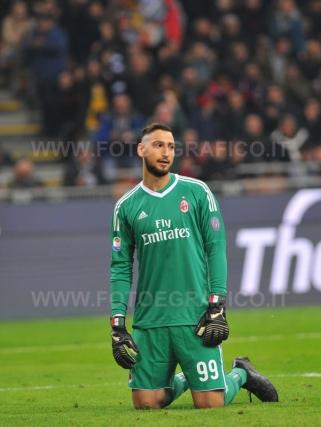 MILANO, ITALIA 28 ottobre 2017 - STADIO LUIGI MEAZZA SAN SIRO Campionato Serie A Tim 2017/2018 11a giornata - MILAN VS JUVENTUS NELLA FOTO: Donnarumma deluso