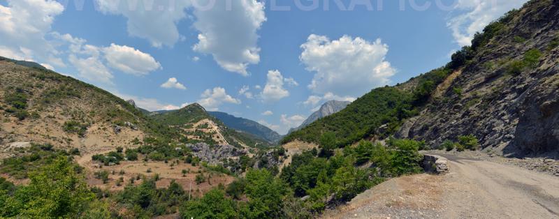 Albania-D7C_0850_0854-pano Agosto2013